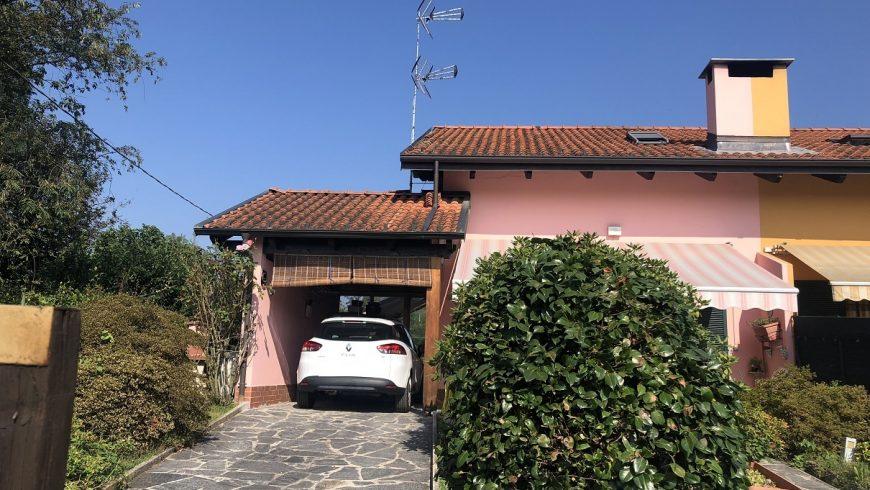 Vendesi Villa di Testa – Borgo Ticino (Località Campagnola) (NO) – Rif.10039