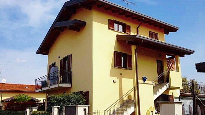 Vendesi Appartamento con Giardino – Castelletto S.Ticino (NO) – Rif.20071