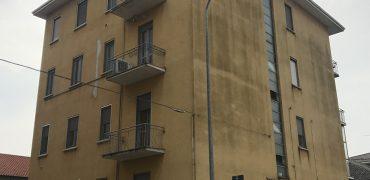 Vendesi Appartamento Trilocale – Cameri (NO) – Rif.20070