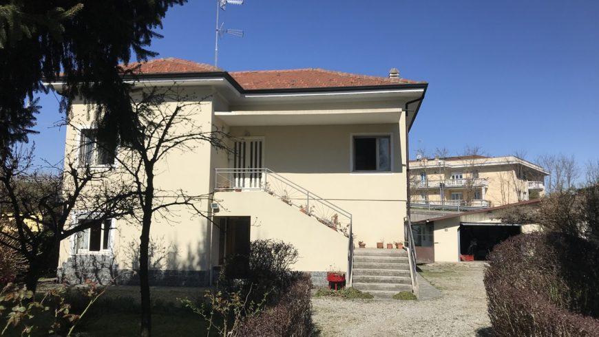 Vendesi Villa Singola – Castelletto S.Ticino (NO) – Rif.10009
