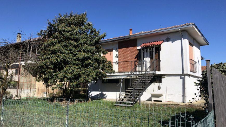 Vendesi Villa Singola – Varallo Pombia (NO) – Rif.10005