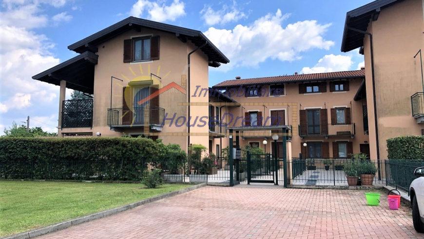 Vendesi Appartamento Duplex – Varallo Pombia (NO) – Rif.20001