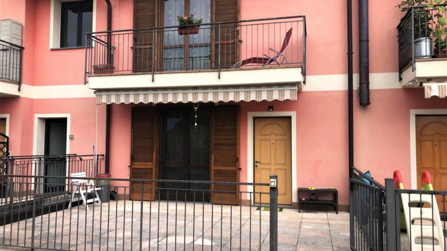 Vendesi 3 Locali con Giardino Privato! – Castelletto S.Ticino (NO) – Rif.20015