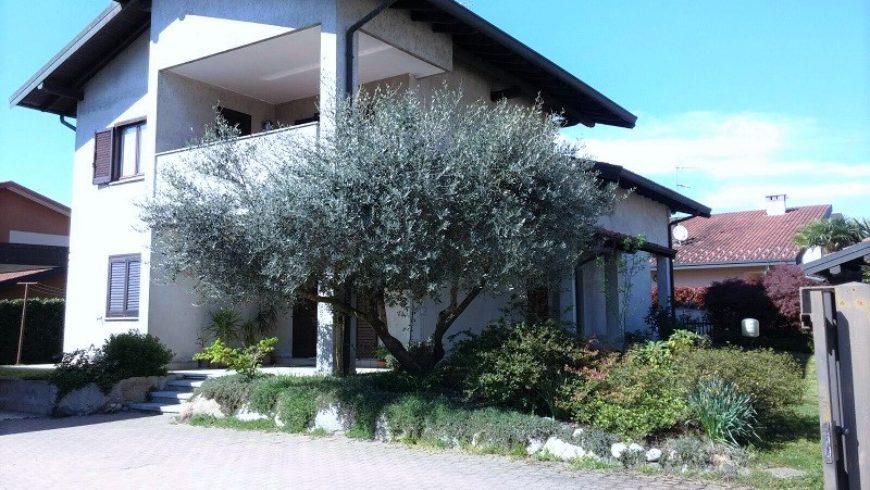 Vendesi Villa Singola – Castelletto S. Ticino (NO) – Rif.10063