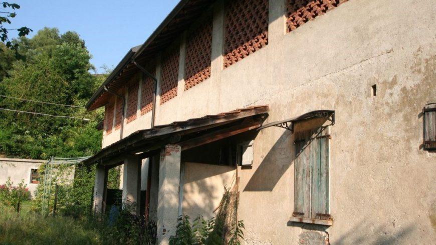 Vendesi Rustico/Casale – Taino (VA) – Rif.20095
