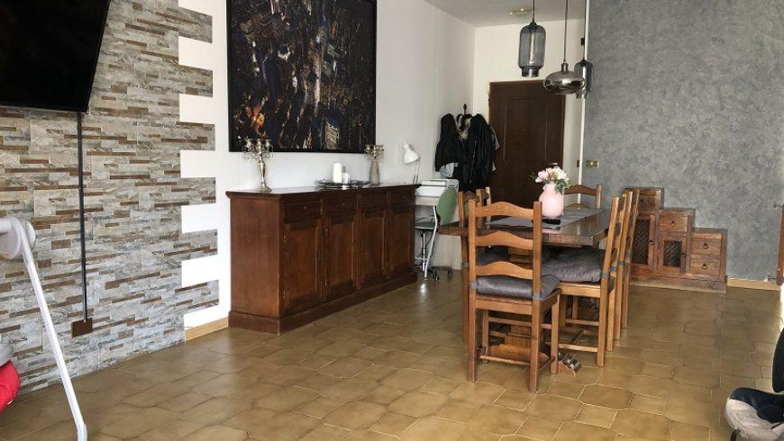 Vendesi Appartamento 5 Locali – Castelletto S.Ticino (NO) – Rif.S10
