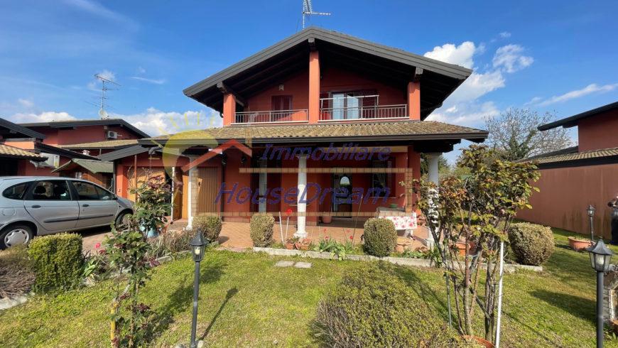 Vendesi Villa Singola – Varallo Pombia (NO) – Rif.10060